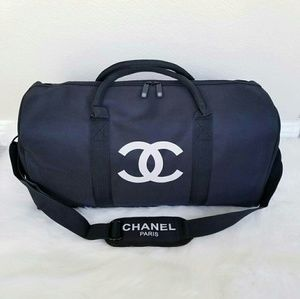 💯 Authentic Chanel VIP Duffle, Adjustable Strap
